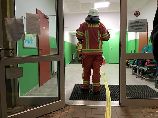 Feuerwehreinsatz in der Grundschule Kuhstraße